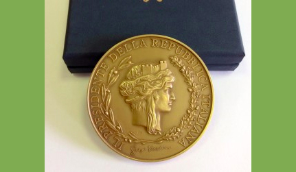 medaglia-Presidenza-Repubblica-fundraising